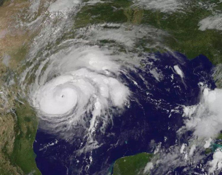 Hình ảnh chụp từ vệ tinh của một cơn bão