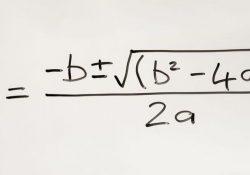 phương trình bậc hai có nghiệm khi nào